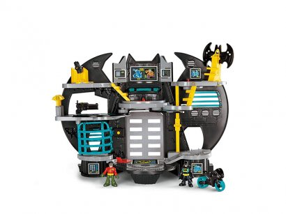 Batman-il-Playset-Batcaverna-Include-i-Personaggi-di-Batmoto-1